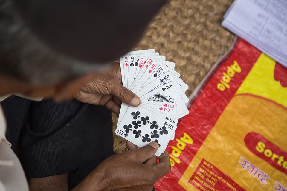 賭博輸錢怎麼辦?讓黃金借款助你應急!